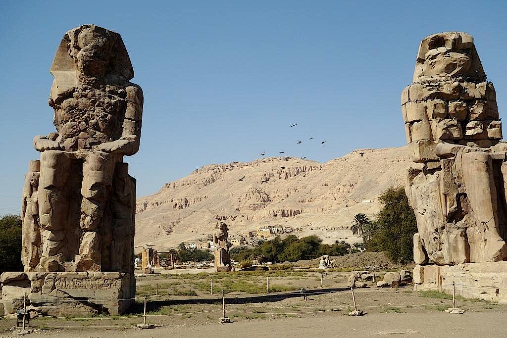 Memnonkolosse-in-Luxor