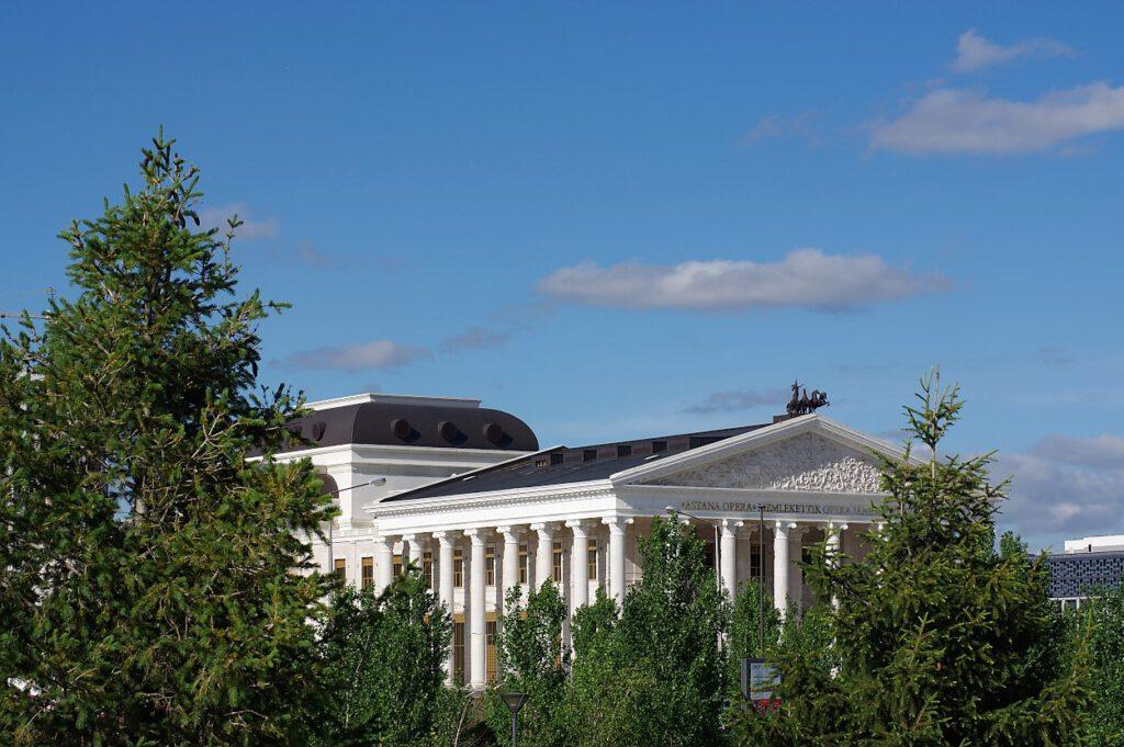 Opernhaus-in-Nur-Sultan
