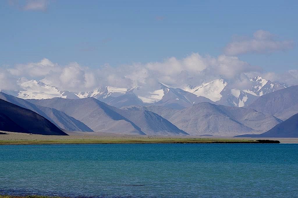Pamir-Highway-Karakul