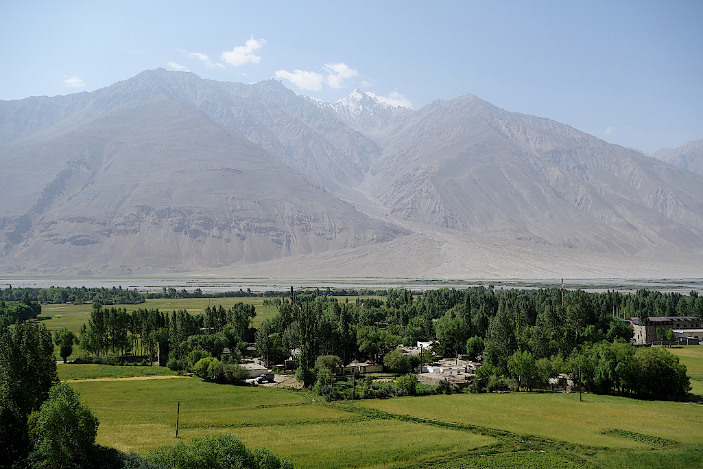 Pamir-Highway-Vrang