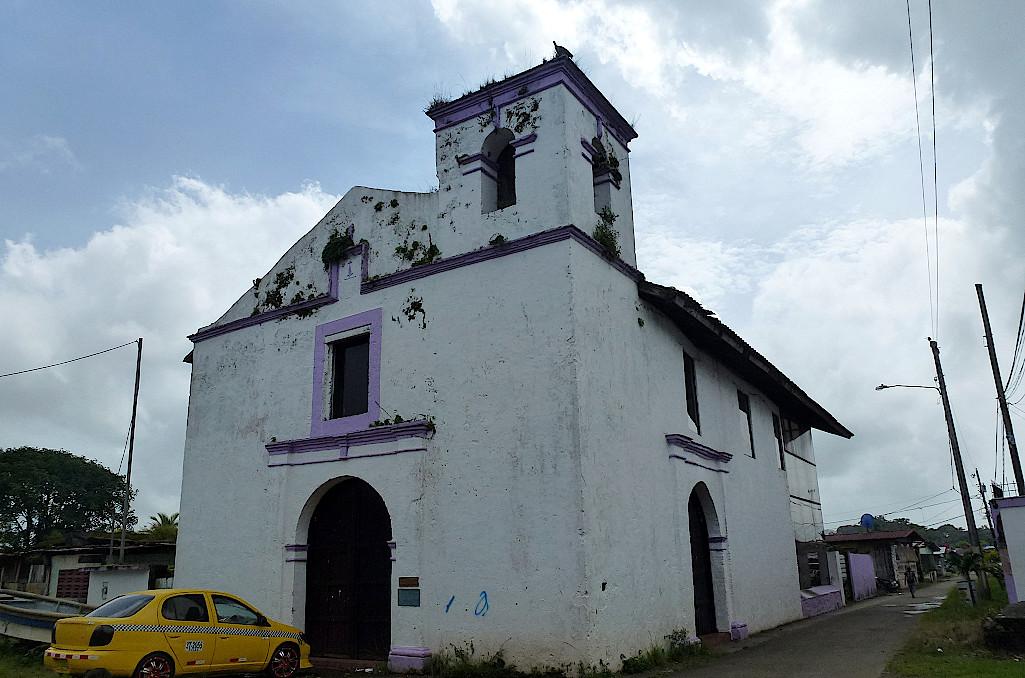 Kirche-in-Portobelo-Panama