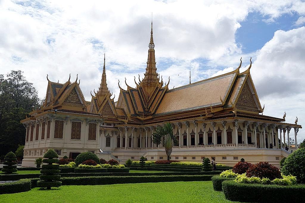 Phnom-Penh-Thronsaal