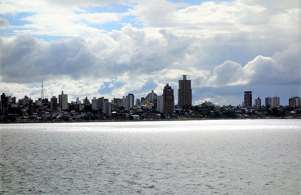 Über den Rio Parana nach Argentinien