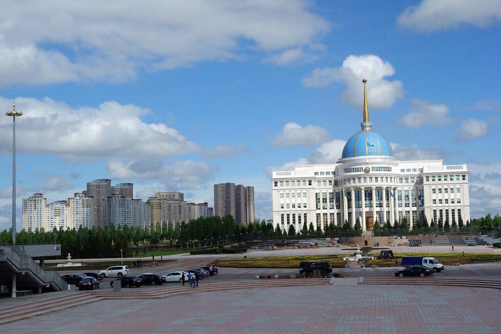 Praesidentenpalast-Nur-Sultan-Kasachstan