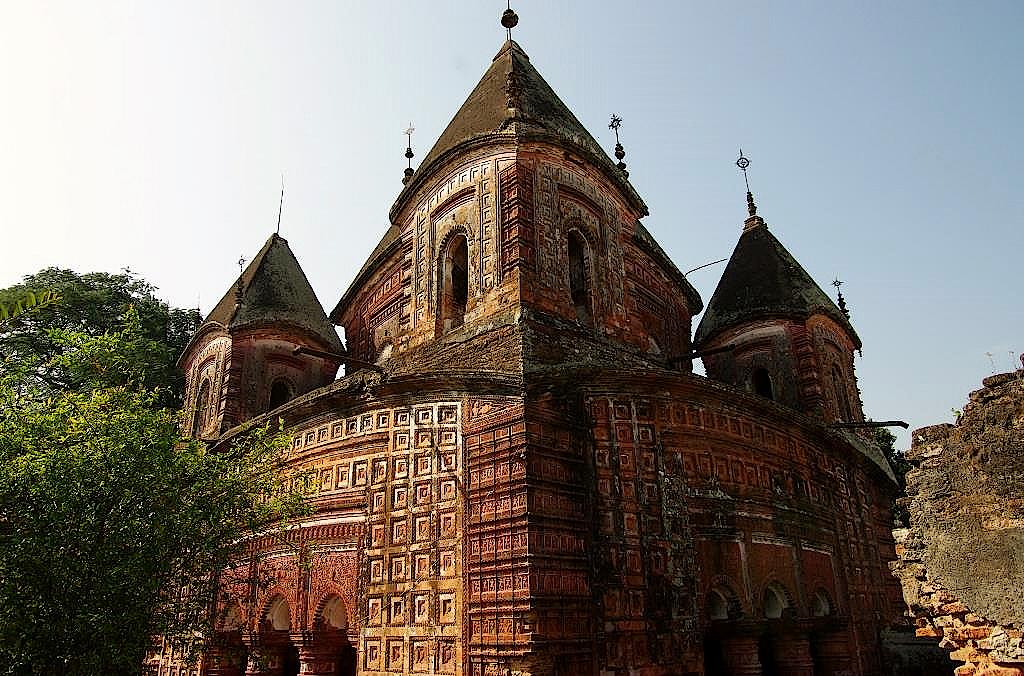 Hindu-Tempel-in-Puthia-in-Bangladesch-