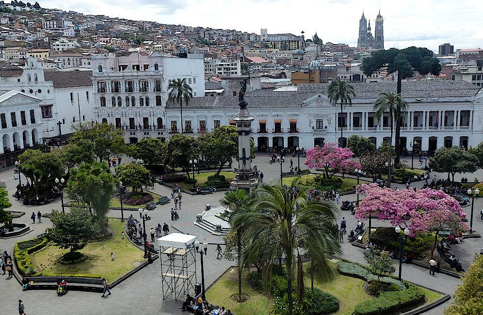 Quito-Plaza-Grande