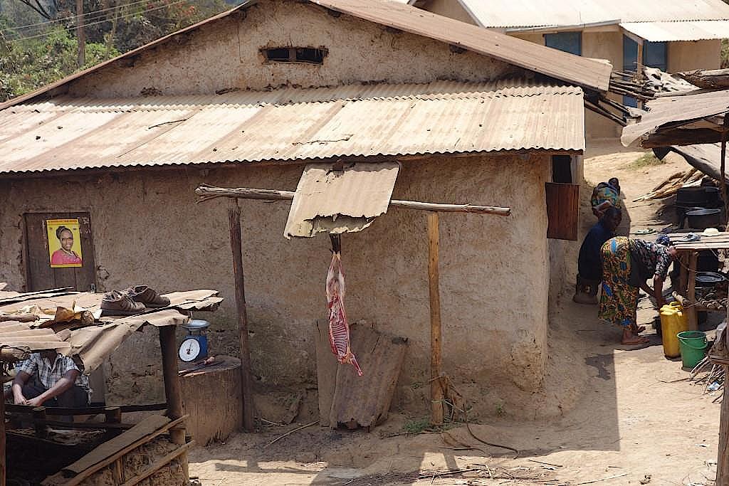 Menüauswahl beim Fleischer im Dorf