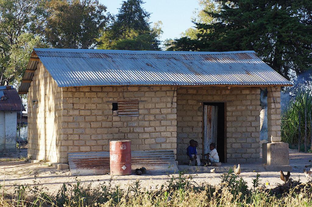 Der einzige Neubau im Dorf