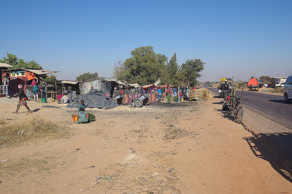 Straßenmarkt-in-Katanga