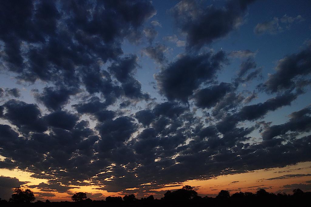Sonnenuntergang-in-Sambia