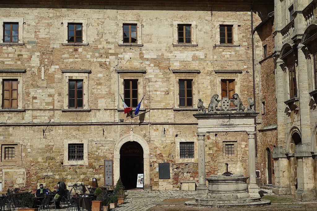 Montepulciano-in-der-Toskana
