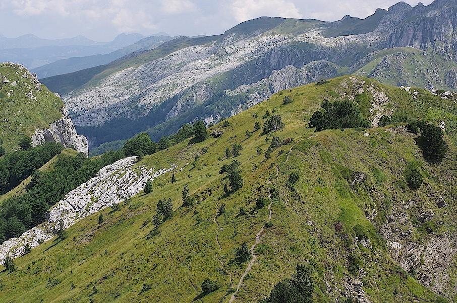 Kammweg-im-Prokletije-Nationalpark-in-Montenegro